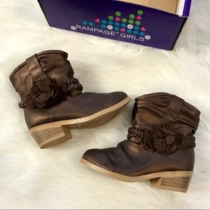 New Toddler boots